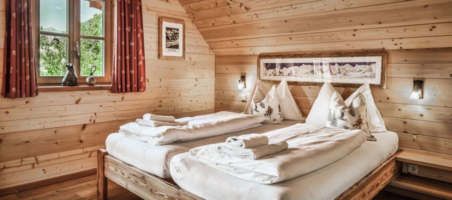 Doubleroom/bedroom – self-catered chalet in Lungau – st martin chalets