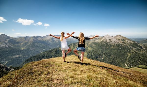 Free the mind and refresh the body in the midst of beautiful mountains – Holiday at st martin chalets